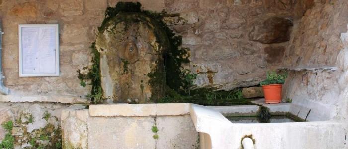 lavoir-saint-etienne-de-gourgas_1